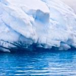 Large Antarctic iceberg — Stock Photo