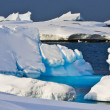 Huge iceberg in Antarctica — Stock Photo #4993342