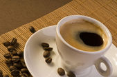 Espresso coffee with coffee beans — 图库照片