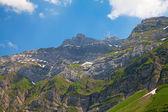 Seilbahn in den alpen — Stockfoto