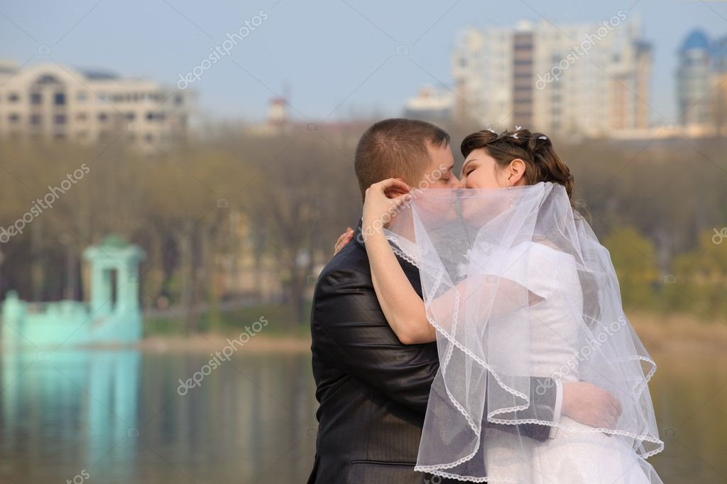 Newly-married couple. Pair young men in wedding day — Stock Photo #3940128