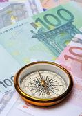 Euro y brújula — Foto de Stock