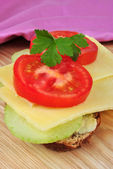 Sandwich with some mature organic cheddar cheese — ストック写真