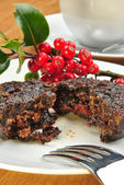 Home made christmas pudding on a plate — Stock Photo