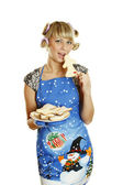 Young woman prepared cookies for Xmas — Stok fotoğraf