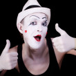 Funny screaming mime in white hat — Stock Photo