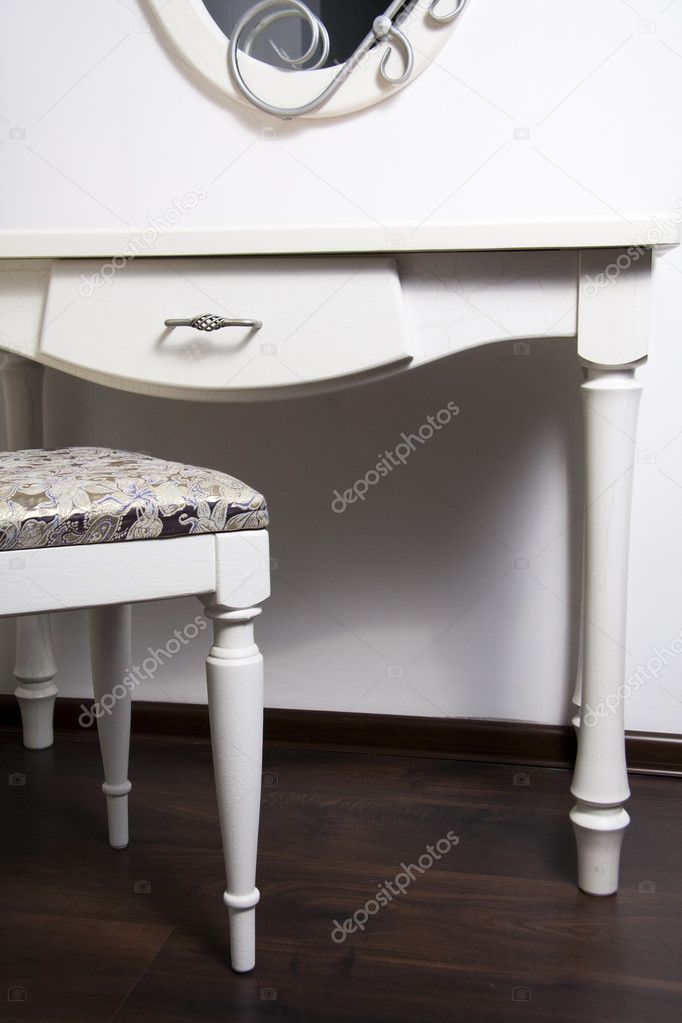 White Table, chair, mirror in ancient, modernist style — Stock Photo #5331899