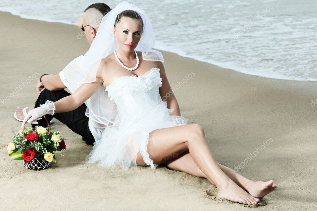Wedding on the tropical beach — Stock Photo #3993313