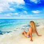 Woman on the beach — Stock Photo #5279847
