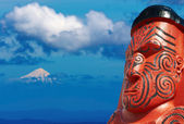 Traditional maori carving, New Zealand — Stock Photo