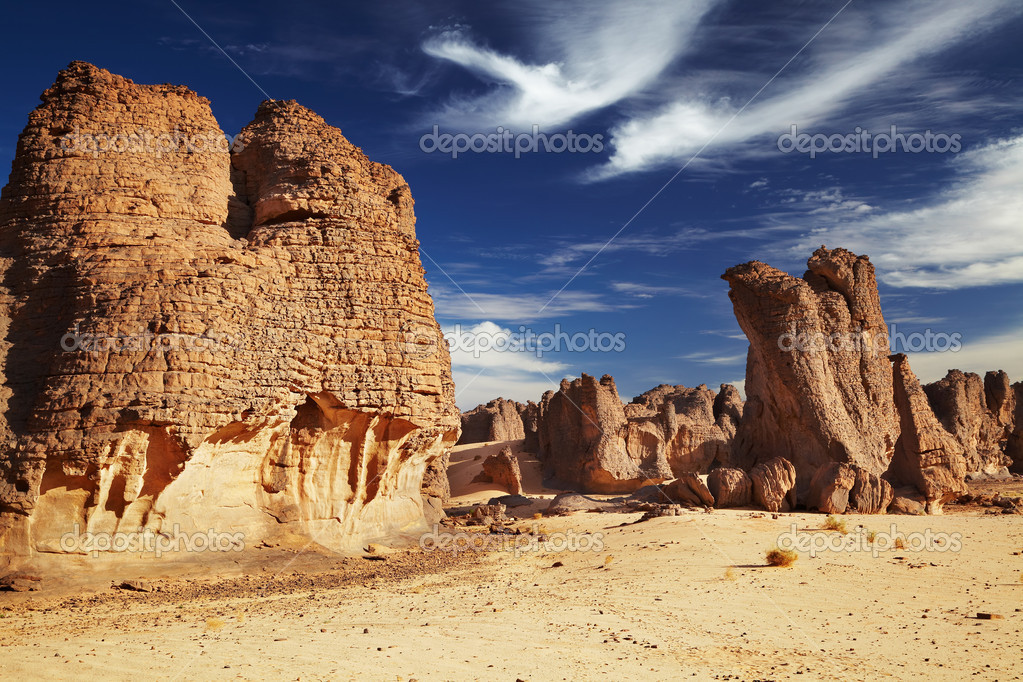 Sandstone cliffs in Sahara Desert, Tassili N'Ajjer, Algeria — Stock Photo #4679685