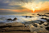 Colorful sunset in the tropical sea. Thailand — Stock Photo