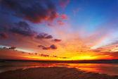 Tramonto mare tropicale — Foto Stock