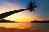 Colorful sunset in the tropical sea. Thailand — Stock fotografie