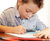 Chłopiec ma nauczkę — Zdjęcie stockowe