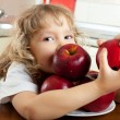 Girl with apples — Stock Photo #4715247