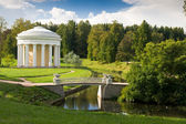 Park in pavlovsk. st. petersburg, rusland. — Stockfoto