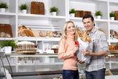 In eine Bäckerei — Stockfoto