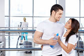 Couple in fitness club — Stock Photo