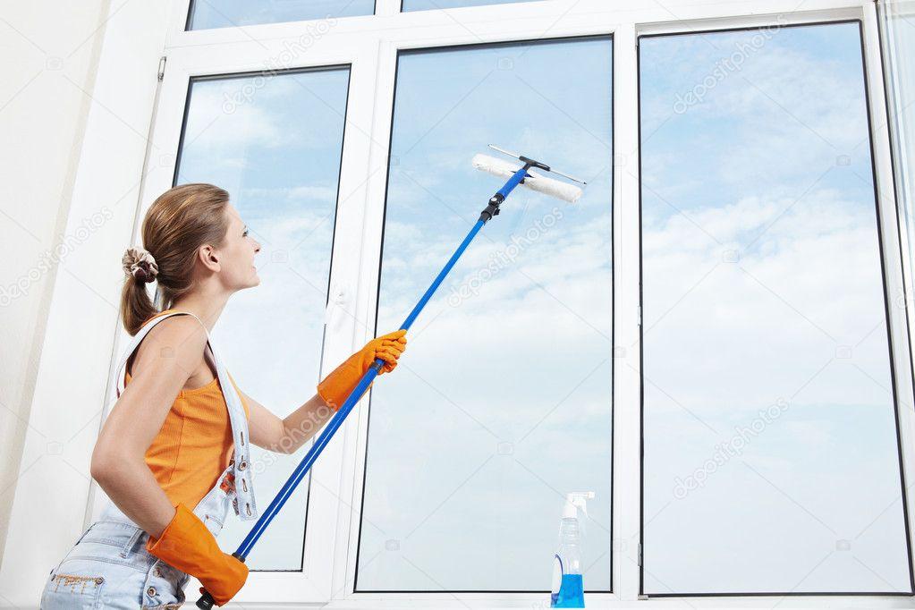 Как правильно мыть окна без разводов?.