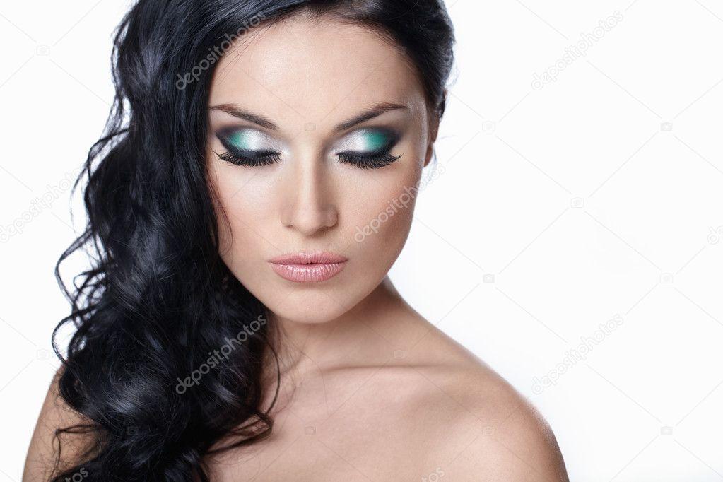 С макияж глазами закрытыми