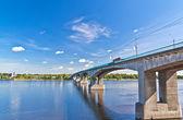 Most na řece volze — Stock fotografie