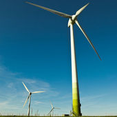 Wind Turbine - alternative and green energy source — Stock Photo