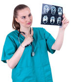 Female doctor with tomography brain — Stock Photo