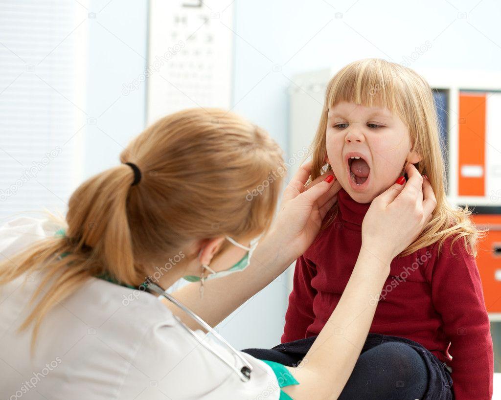 Рот маленькой девочки 18 фотография