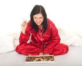 Palenie kobieta z czekolady pole — Zdjęcie stockowe