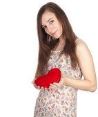 Jonge vrouw met hart — Stockfoto