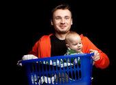 Szczęśliwy młody ojciec i chłopca — Zdjęcie stockowe