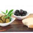 Black and green olives — Stock Photo