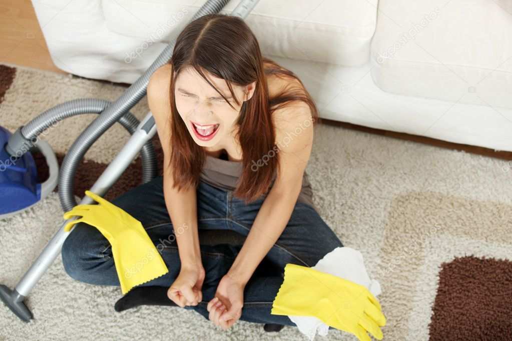 Young woman hates cleaning home. — Stock Photo #4965922