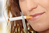 Young woman quiting smoking — Stock Photo