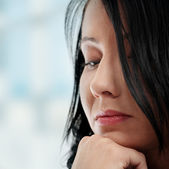 A worried and afraid young woman — Stock Photo