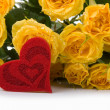 Yellow roses  and  red  heart — Stock Photo