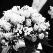 beautiful fresh wedding flowers ih hands — Stock Photo