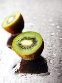 Fresh green kiwi — Stock Photo