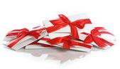 Koperta prezent z kokardą czerwony niesamowite — Zdjęcie stockowe
