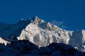 Snowy mountains of Tibet. — Stock Photo