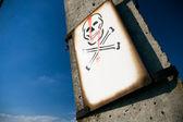 Elektrické lebka znamení — Stock fotografie