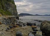 Sea landscape with rocky coast — Stock Photo