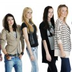 Happy girls group isolated on white background — Stock Photo #5213675