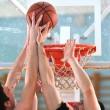 duelo de basquete — Foto Stock