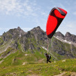 Paragliding in alps — Stock Photo