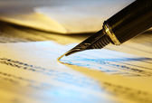 Firma de contrato. — Foto de Stock