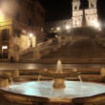 ローマ、イタリアでの夜のピアッツァ ディ スパーニャ — ストック写真