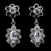Boucles d'oreilles avec diamant — Photo