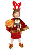 Happy little girl hold Christmas gift — Stockfoto